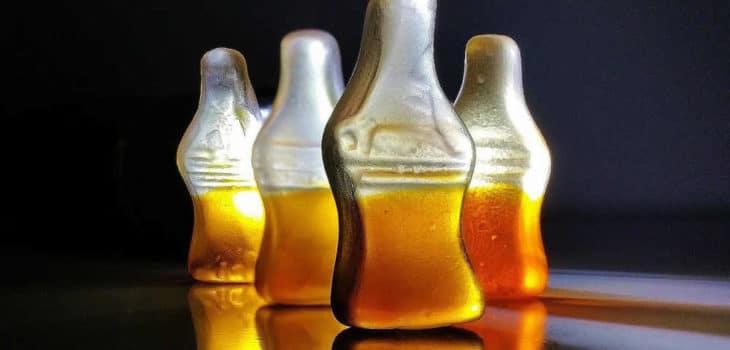 Intervallfasten zum Abnehmen und gegen Zuckersucht – Ein Erfahrungsbericht - Colaflaschen