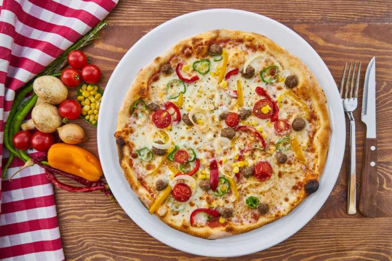 Erfahrung mit OMAD-Intervallfasten: Eine Pizza